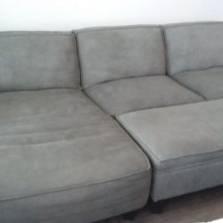 COUCH FRONT 1-2